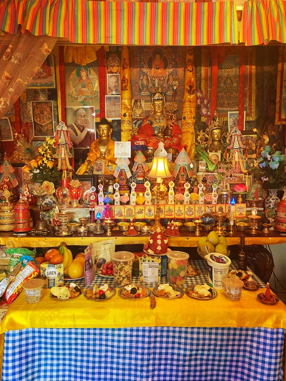 tsok offering